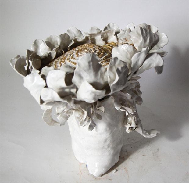 Bouquet Tournesol 6, 2018 Céramique H 43 x D 39 cm, BC-CER1805 ©BACHELOT&CARON (collection privée)