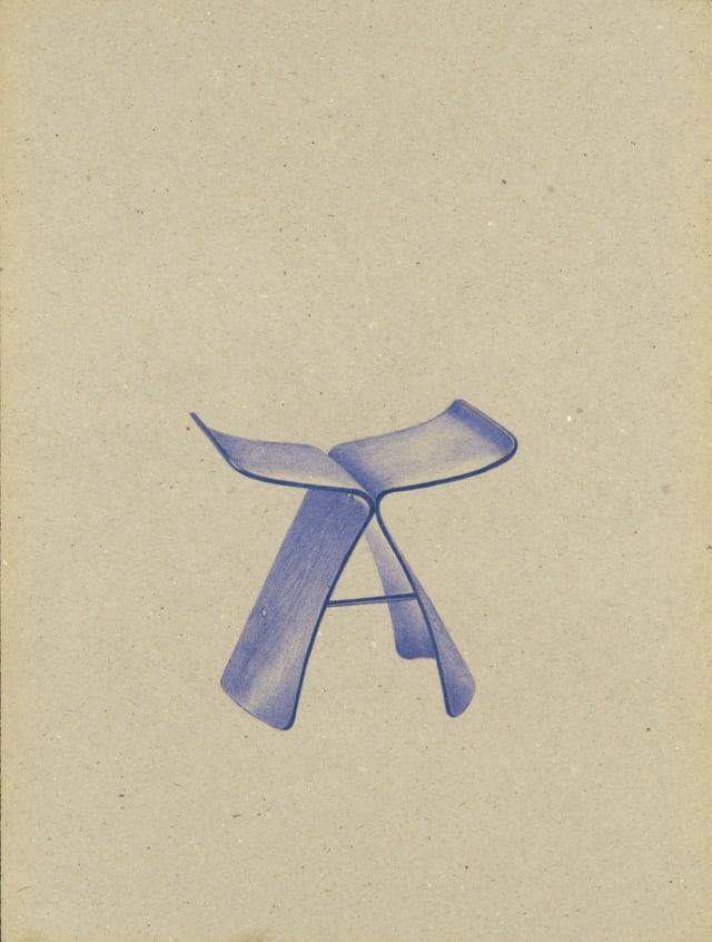 Butterfly Stool (1954), Sori Yanagi, 2016 Dessin au stylo à bille bleu sur carton 40 x 30 cm, KO-1618 ©KONRAD