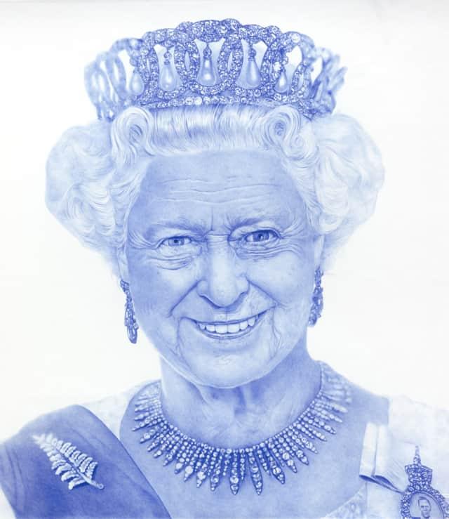 Elisabeth II, 2018 Dessin au stylo à bille bleu sur papier 150 x 150 cm, KO-1802 ©KONRAD (collection privée)