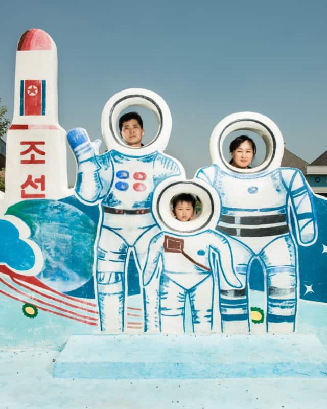 Corée du Nord #05, 2017 Fine Art print sur papier Hahnemühle 80 x 100 cm, SG-CN05 ©STEPHAN GLADIEU