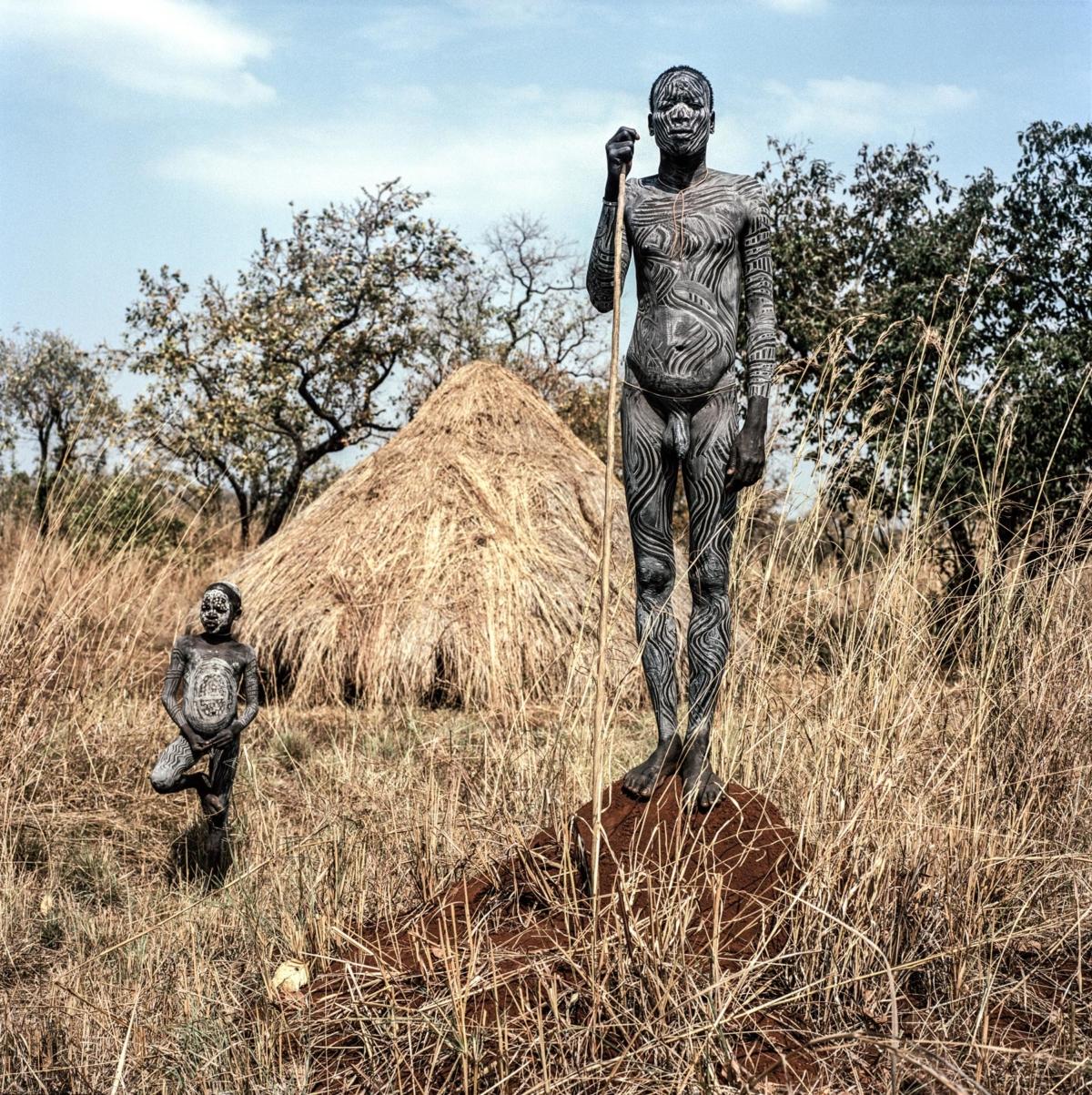 Surmas #8, Ethiopie, 2011 Photographie Fine Art print sur papier Hahnemühle 100 x 100 cm, SG-SU08 ©Stephan Gladieu