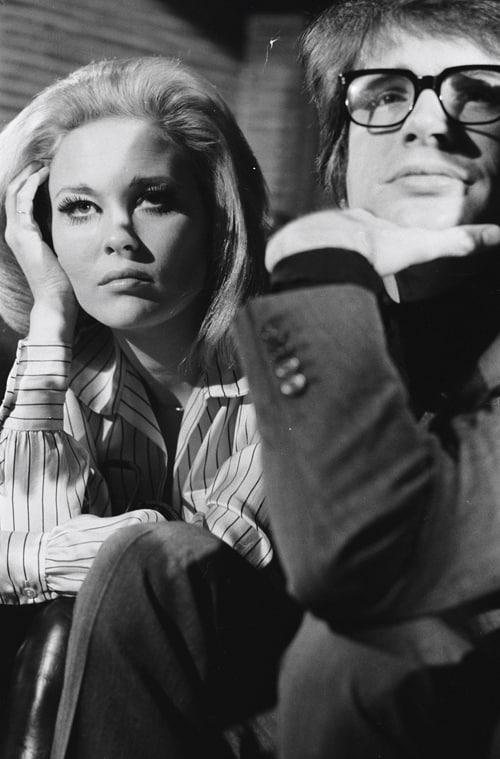Faye Dunaway et Warren Beatty, Conférence de presse pour « Bonnie and Clyde », Paris, février 1968, GC-06520-29A ©Fondation Gilles Caron