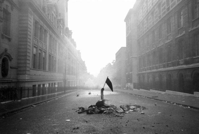 Rue Saint Jacques, Paris, mai 1968, GC-08783-032A ©Fondation Gilles Caron
