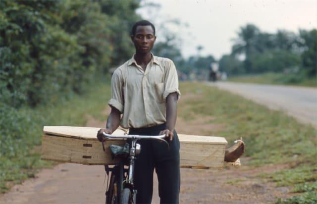 La mort au quotidien, sécession de la province du Biafra, Nigéria, juillet 1968, GC-B241 ©Fondation Gilles Caron