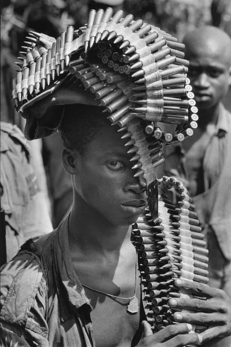Soldat de l'armée biafraise, Sécession de la province du Biafra, Nigéria, novembre 1968, GC-12048-20A ©Fondation Gilles Caron