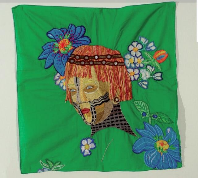 Los Herederos 3B Broderie à la main, fil de coton, rayon et appliques sur mouchoir d'homme ©CHIACHIO&GIANNONE