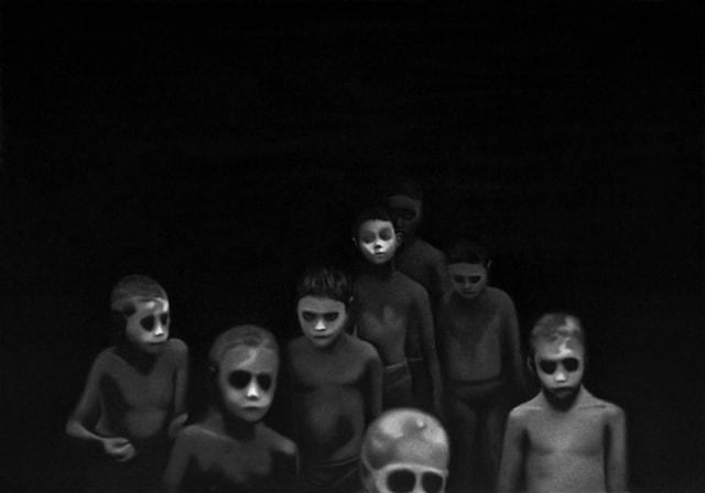 Zonmé des zombies, 2019 Dessin à la pierre noire sur papier 60 x 80 cm, RT957 ©Raphaël Tachdjian (collection privée)