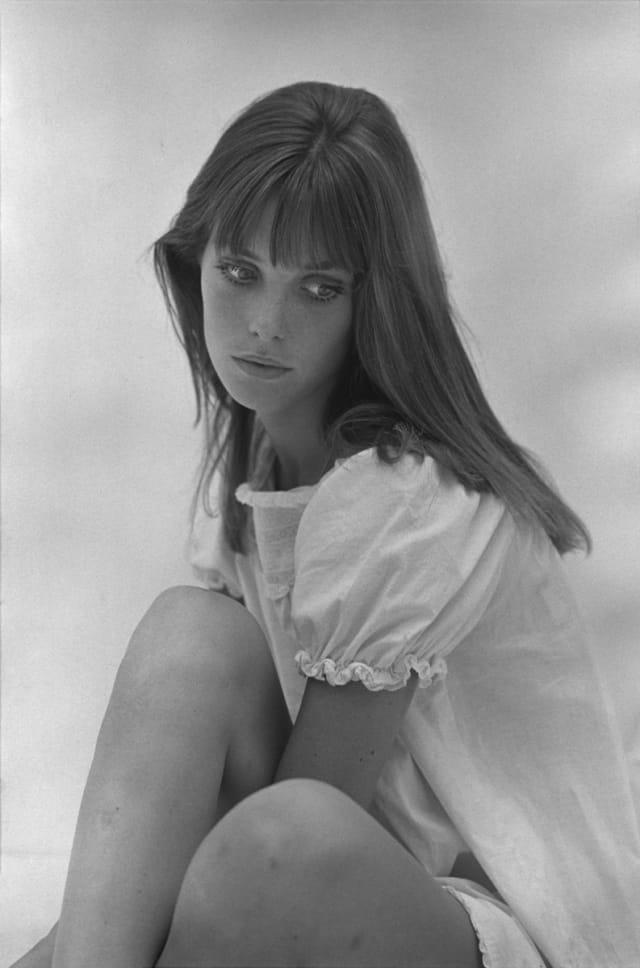 """Jane Birkin tourne """"Slogan"""", film de Pierre Grimblat, Paris, 1968 GC-09160-18A ©Fondation Gilles Caron"""