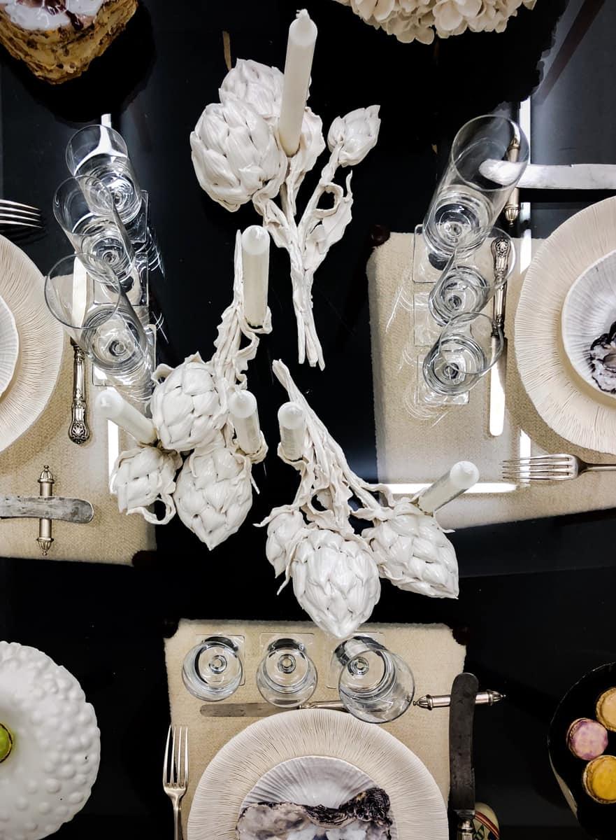 Bougeoirs Artichauts, porcelaine ©Virginie Boudsocq