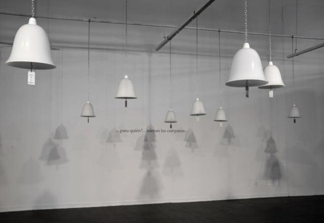 Pour qui les honneurs, 1999-2009 Installation ©Marie Orensanz