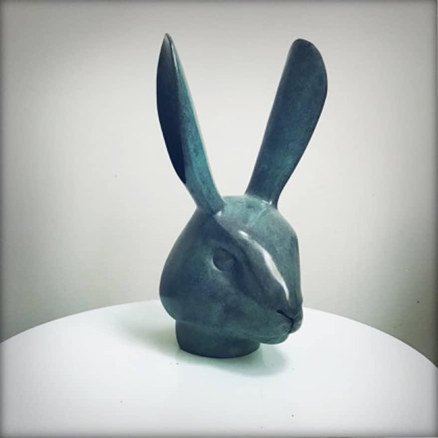 Tête de lapin Sculpture en bronze 10 x 9 x 19 cm, DP052 ©Denis Polge