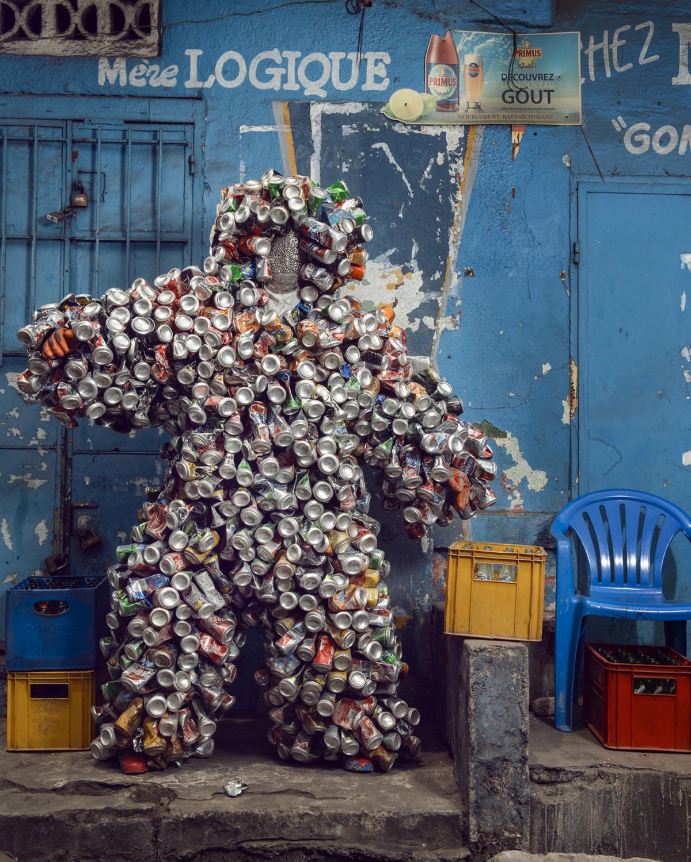 Untitled #7, 2020 Homo Detritus, Real Portraitik #5 Kinshasa, RDC ©Stephan Gladieu