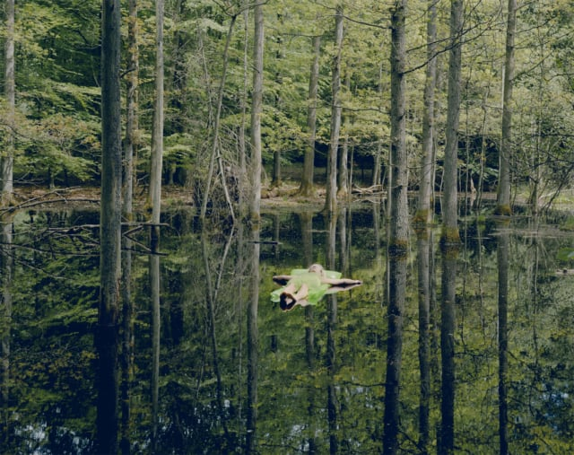 Floating, 2008 Photographie ©Susanna Hesselberg