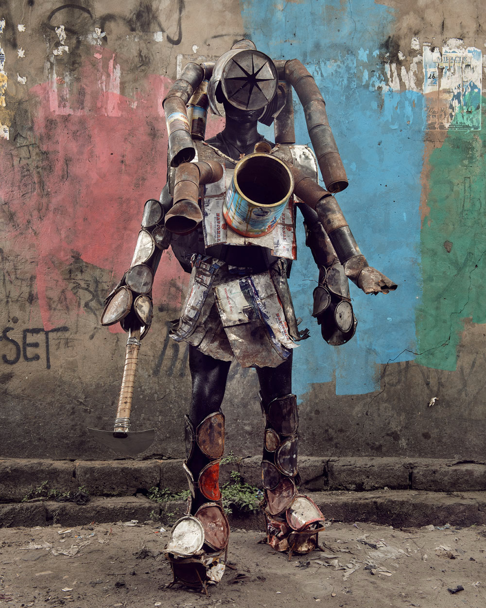 Untitled #22, 2020 Homo Detritus, Real Portraitik #5 Kinshasa, RDC ©Stephan Gladieu