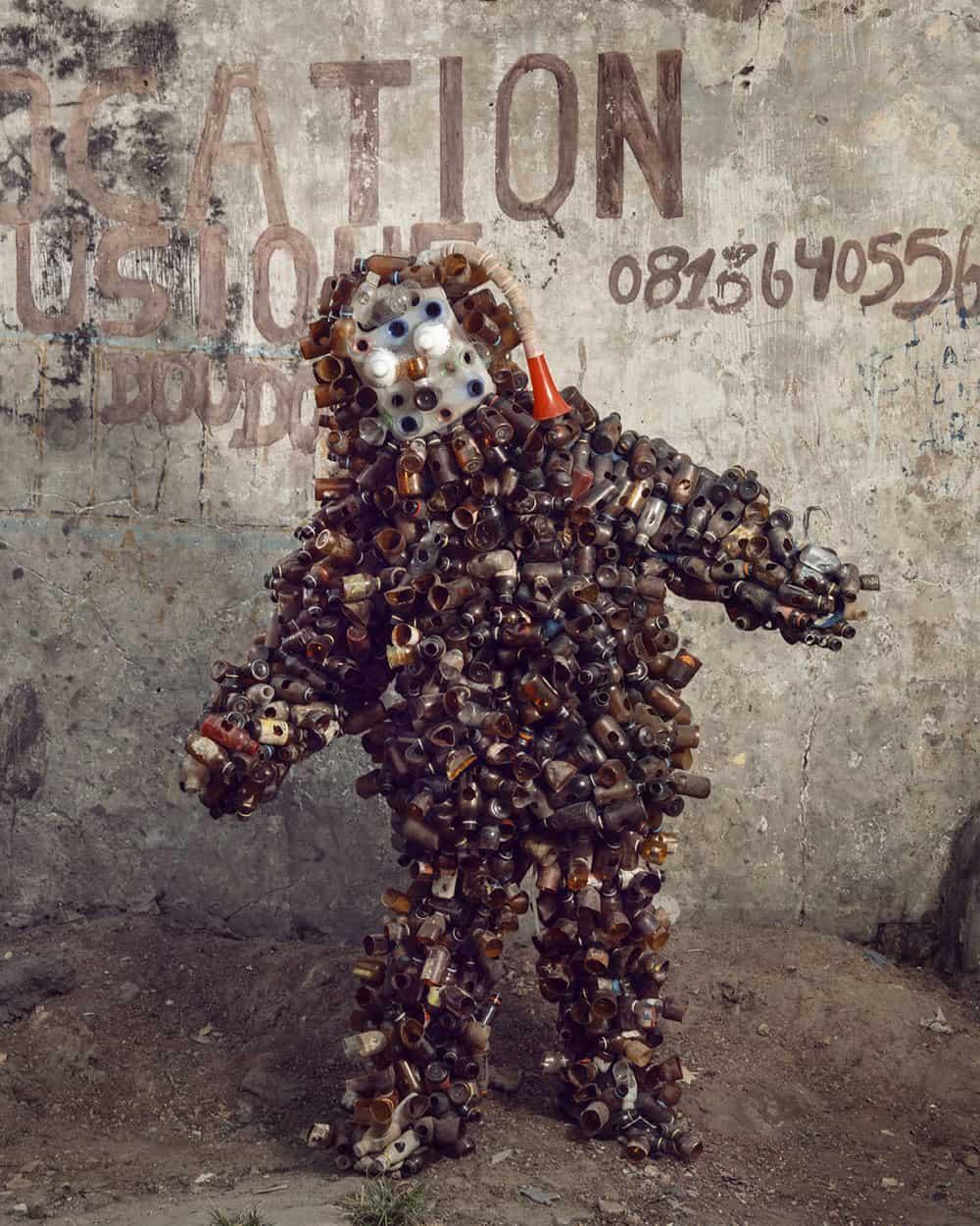 Untitled #24, 2020 Homo Detritus, Real Portraitik #5 Kinshasa, RDC ©Stephan Gladieu