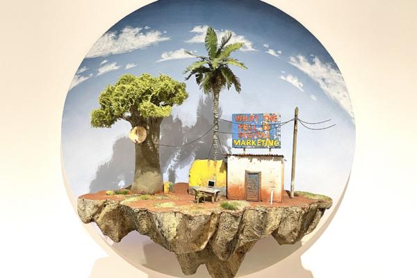 Whatthehellisdigitalmarketing2021Sculpture50x50x21cmLF-2102LAFRATRIE