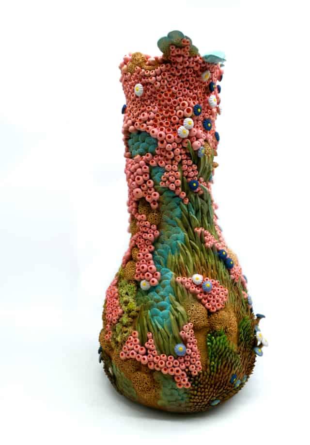 Forme végétale, 2021 Faïence, 54 x 26 cm ©Muriel Persil