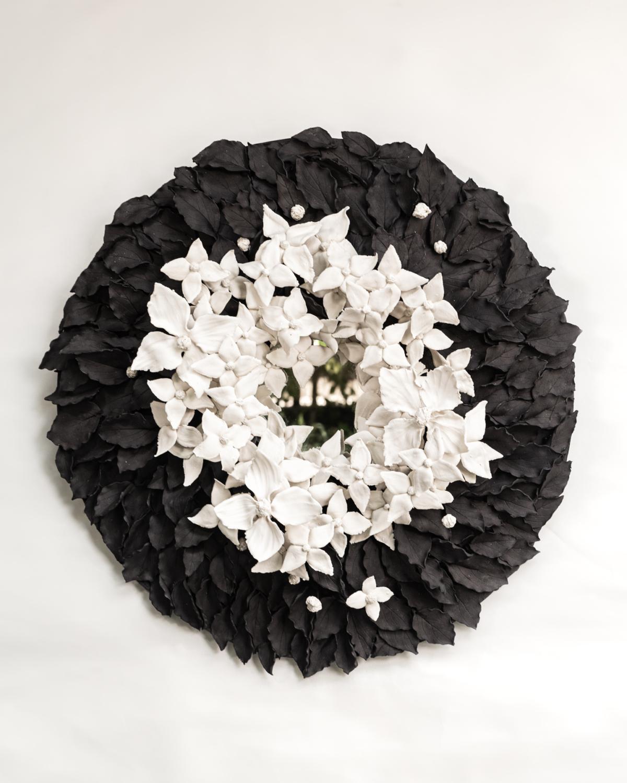 Cornus, 2021 Porcelaine émaillée Diam 70 cm, VB-2109 ©Virginie Boudsocq
