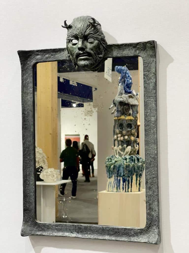 Miroir faune, 2021 Bronze, 44 x 68 cm ©Denis Polge Art Paris Art Fair 2021, Grand Palais Éphémère, Paris 9 > 12 septembre 2021