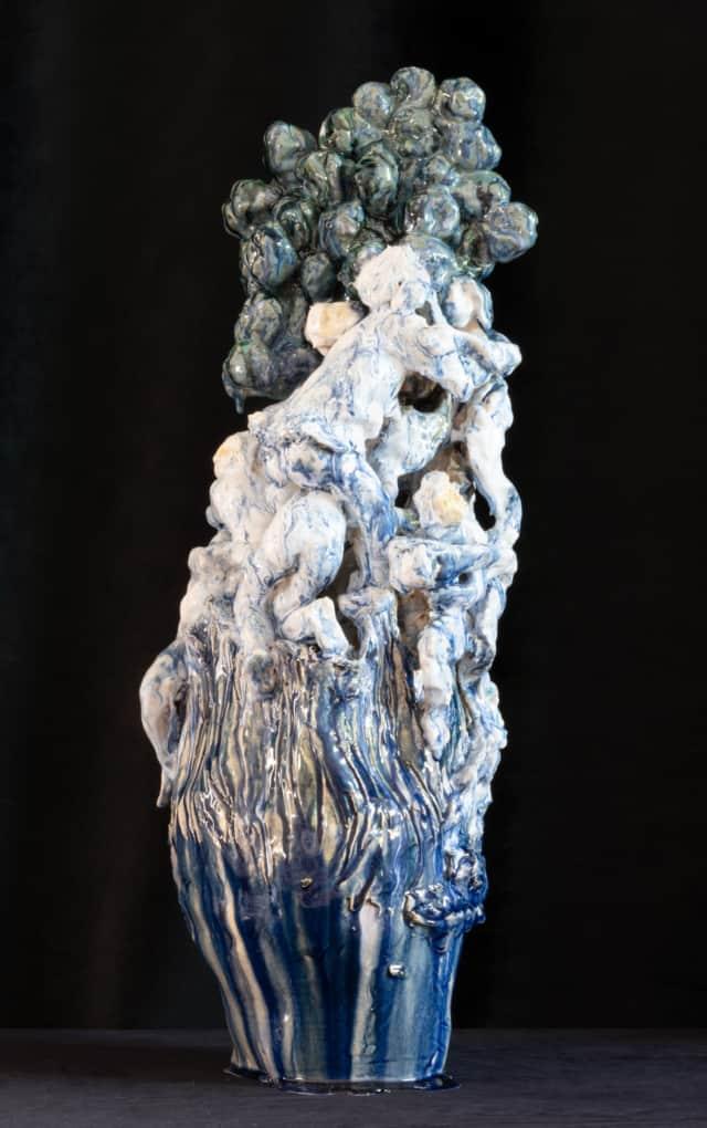 Vase Ovide bleu, 2021 Sculpture céramique H 65 x D 25 cm BC-2113 ©Bachelot&Caron